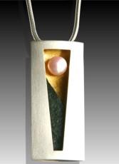 mar-necklace